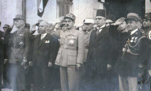 الرئيس الحكيم مع رئيس الجمهورية تاج الدين الحسني سنة 1941