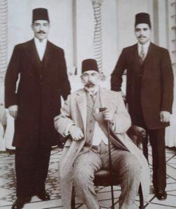 عطا باشا مع اولاده نسيب وسامي البكري