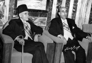 مراسيم انتقال السلطات بين هاشم الأتاسي وشكري القوتلي سنة 1955.