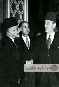 سعد الله الجابري مع الرئيس شكري القوتلي والرئيس هاشم الأتاسي في عيد الجلاء سنة 1946.