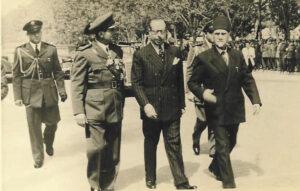 معروف الدواليبي مع الرئيس هاشم الأتاسي في 1 آذار 1954.