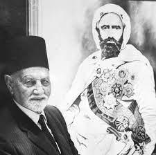 الأمير محمد سعيد مع صورة لجده الأمير عبد القادر الجزائري